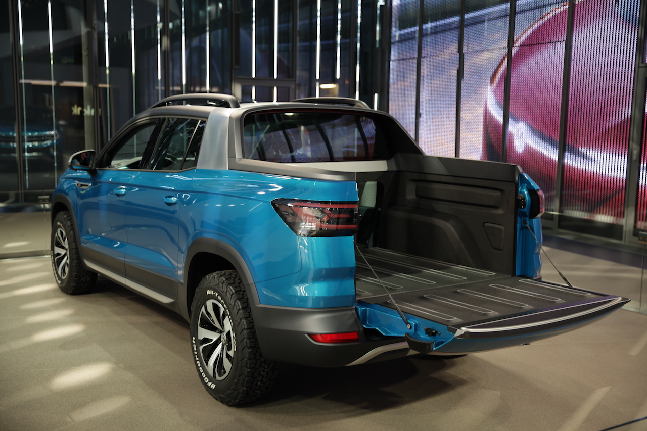 Volkswagen Tarok Concept Stylisher Mini Pick Up Newcarz De