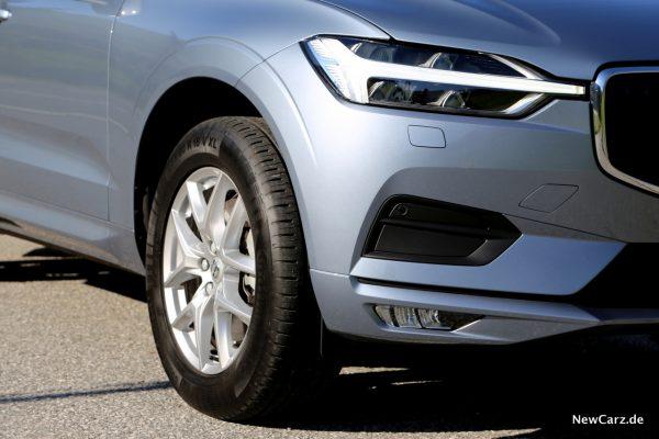 Volvo XC60 D3 Momentum LED Scheinwerfer