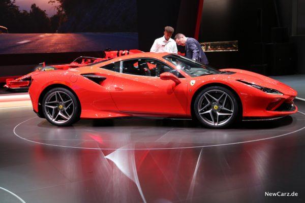 Ferrari F8 Tributo Seitenansicht