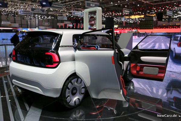 Fiat Concept Centoventi offene Türen
