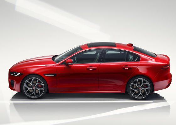 Seitenansicht des Jaguar XE