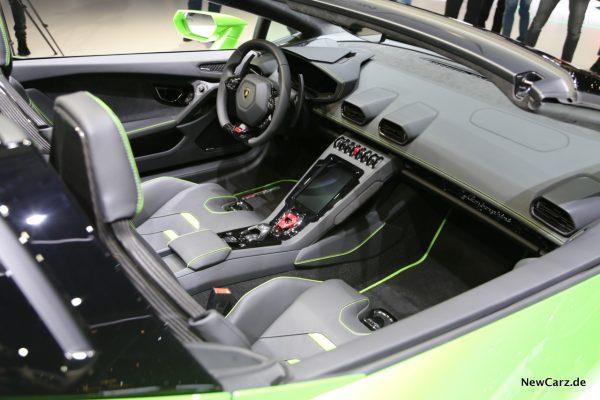 Lamborghini Huracan Spyder Innenraum