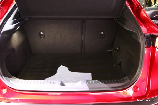Mazda CX-30 Kofferraum