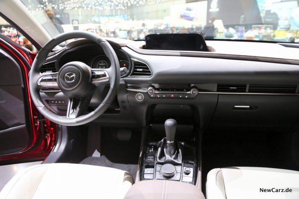 Mazda CX-30 Instrumententafel