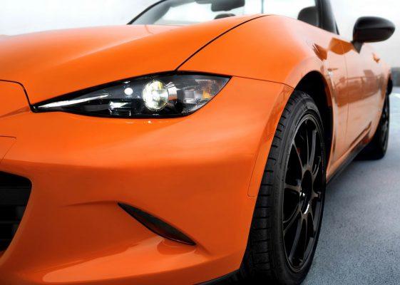 Frontansicht des Mazda MX-5 30th Anniversary