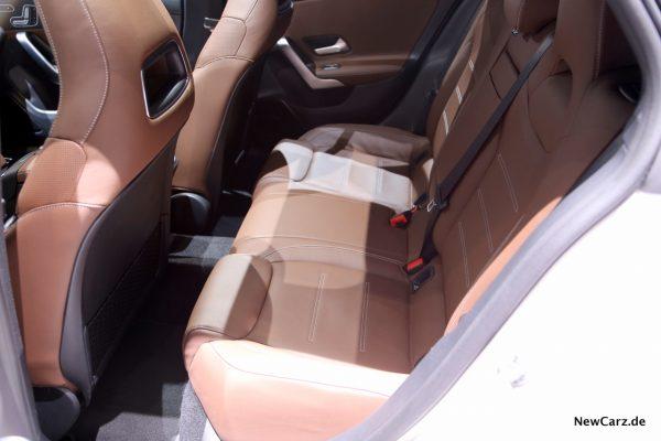 Mercedes-Benz CLA Shooting Brake Innenraum hinten
