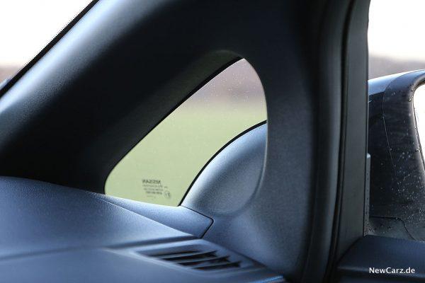 Nissan Leaf ZE1 A-Säule
