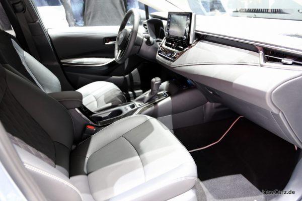Toyota Corolla Innenraum Armatur