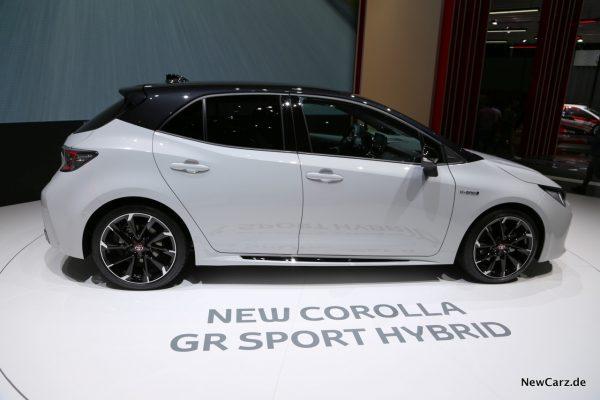 Toyota Corolla Hatchback Seite