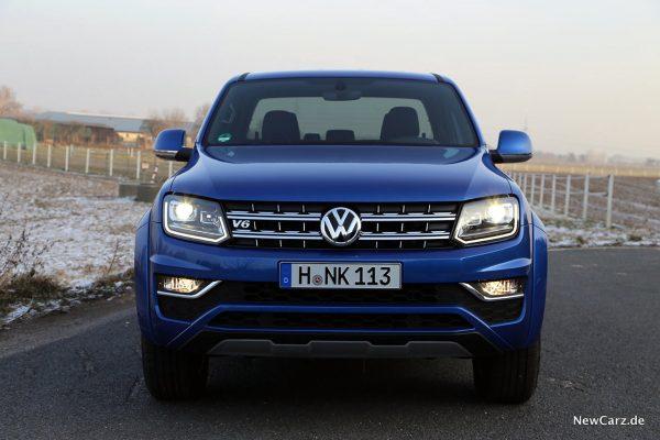 VW Amarok Front mit Licht