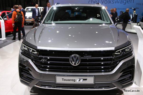 VW Touareg V8 TDI Front
