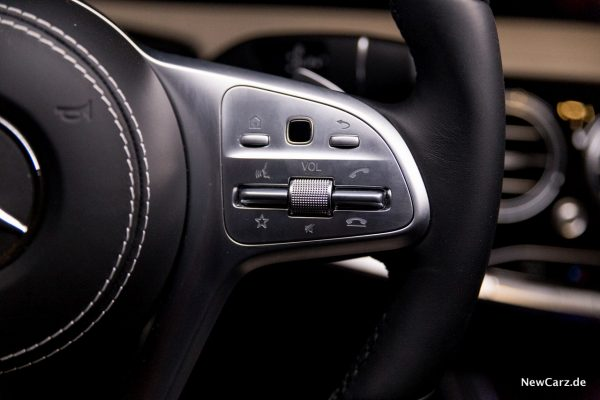 Mercedes-Benz S 560 L 4Matic Touch Control Button