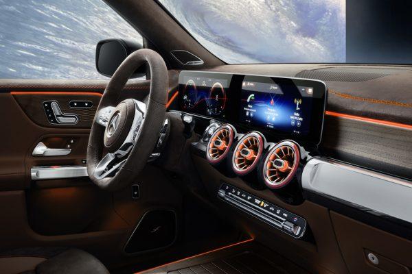 Mercedes-Benz Concept GLB MBUX