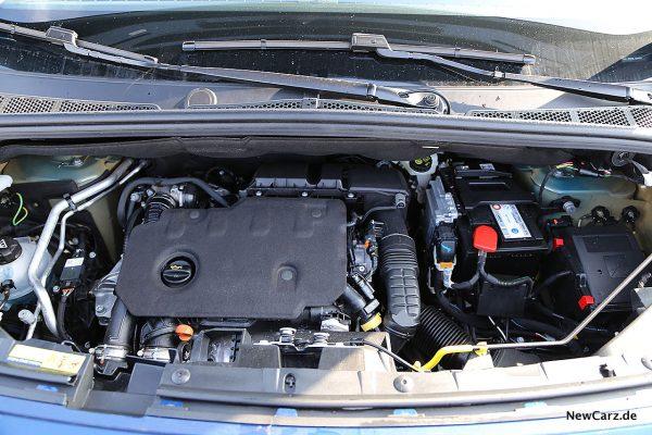 Opel Combo Life Motor