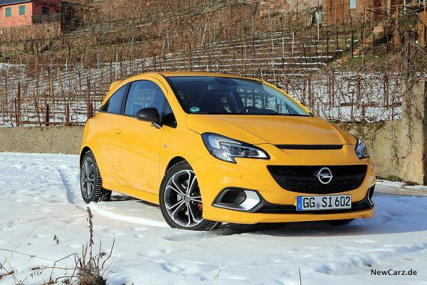 Opel Corsa GSi schräg vorne rechts