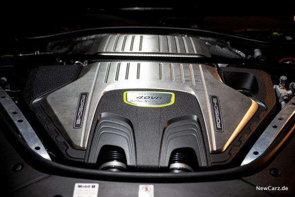 Porsche Panamera Turbo S E-Hybrid V8 Motor