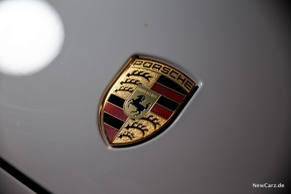 Porsche Panamera Turbo S E-Hybrid Porsche Wappen