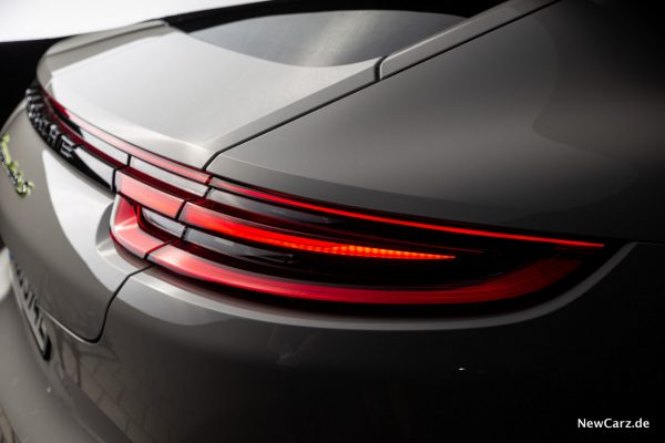 Porsche Panamera Turbo S E-Hybrid Heckleuchten