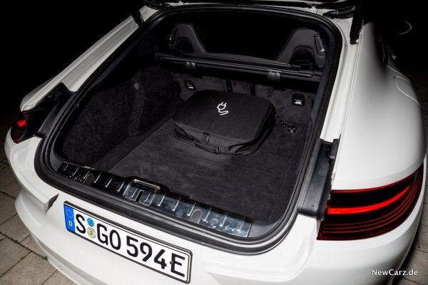 Porsche Panamera Turbo S E-Hybrid Kofferraum