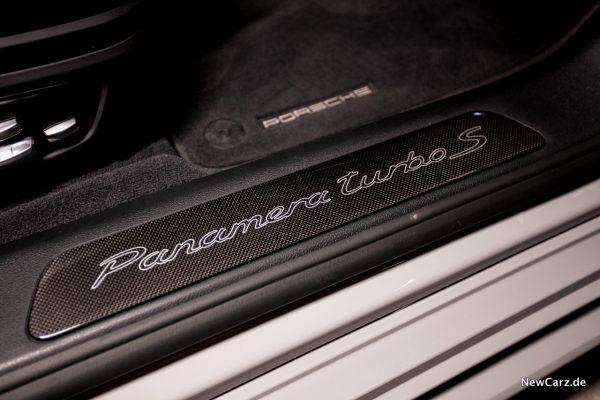 Porsche Panamera Turbo S E-Hybrid Einstiegsleiste Schriftzug