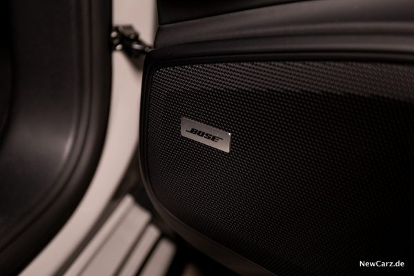 Porsche Panamera Turbo S E-Hybrid Bose Soundsystem