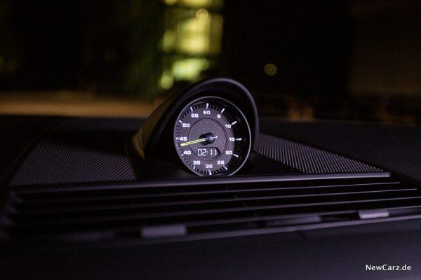 Porsche Panamera Turbo S E-Hybrid Chronometer