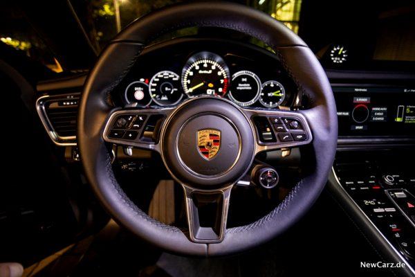 Porsche Panamera Turbo S E-Hybrid Lenkrad