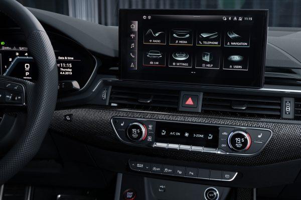Audi A4 Bildschirm 2019