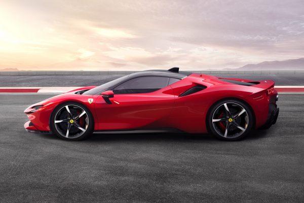 Ferrari SF90 Stradale Seite