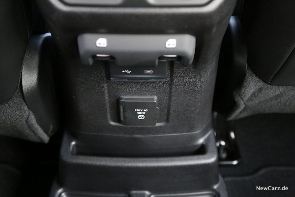 Jeep Wrangler Anschlüsse hinten