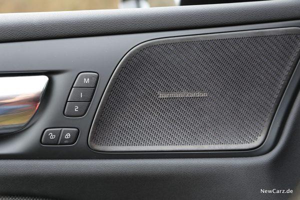 Volvo V60 harman/kardon