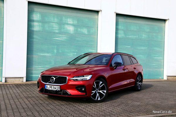 Volvo V60 schräg vorn links