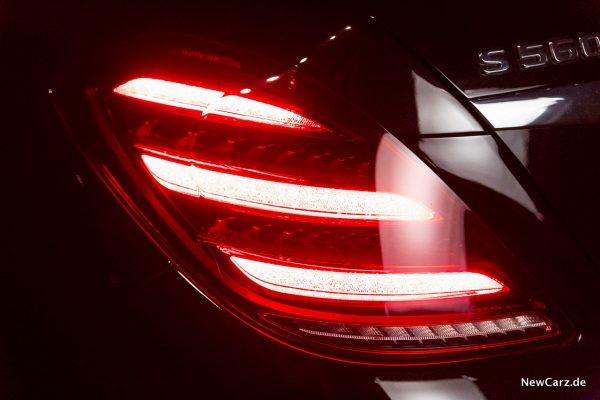 Mercedes-Benz Multibeam LED-Scheinwerfer Heckleuchte