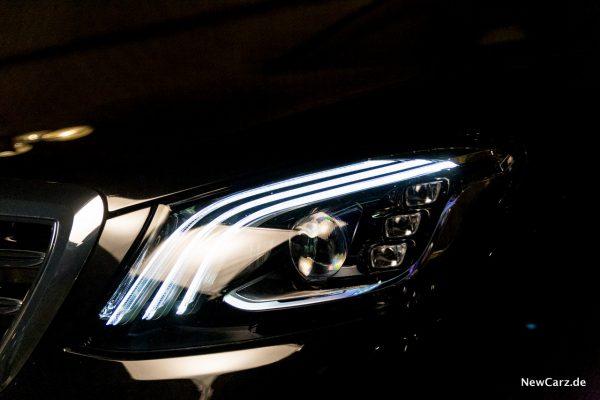 Mercedes-Benz Multibeam LED-Scheinwerfer Standlicht
