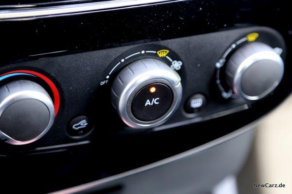 Renault Clio Black&White Klimaanlage