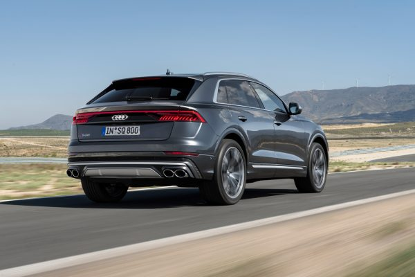 Audi SQ8 TDI schräg hinten