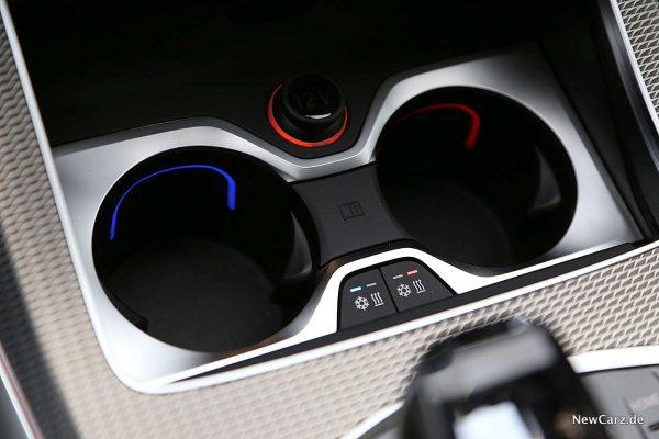 BMW X5 M50d Getränkehalter vorn