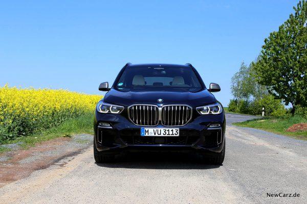 BMW X5 M50d Front