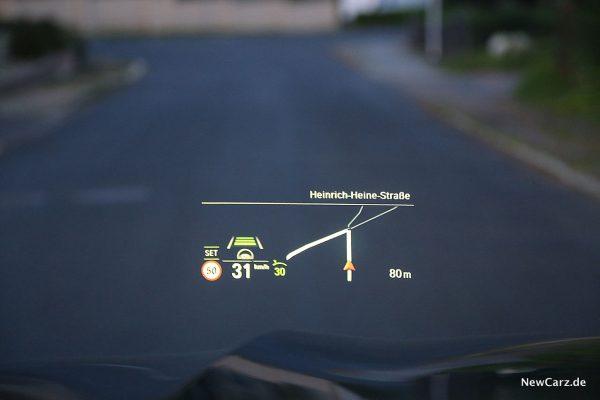 BMW X5 M50d HUD