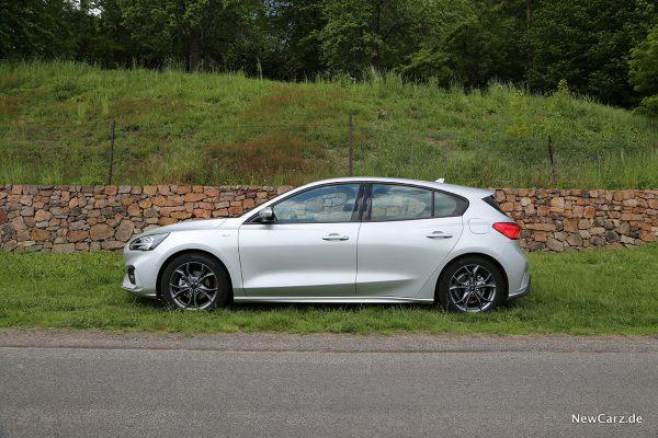 Ford Focus ST-Line Seite