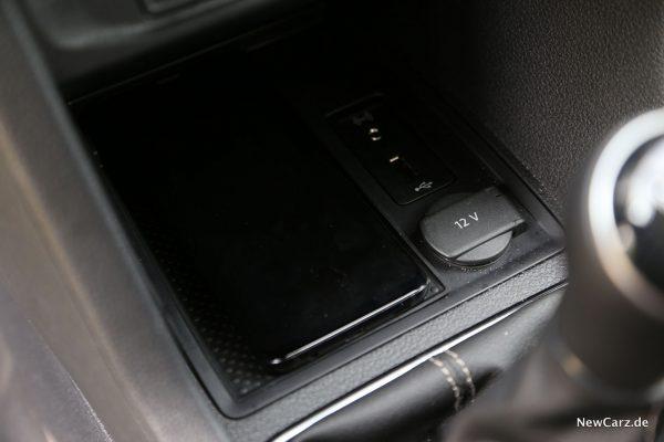 VW Caddy Alltrack Mittelkonsole