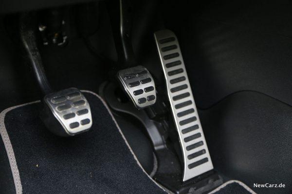 VW Caddy Alltrack Pedalerie