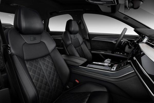 Audi S8 Innen
