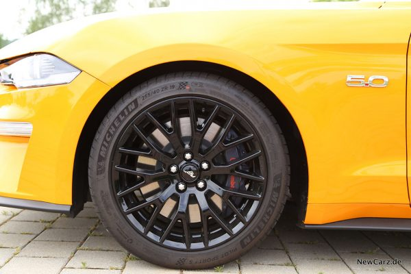 Ford Mustang GT Brembo