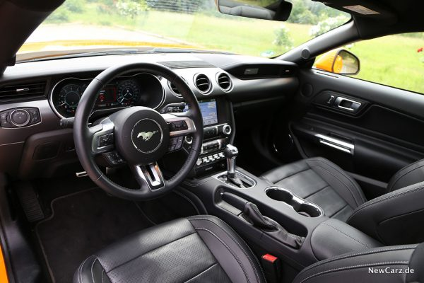 Ford Mustang GT Interieur