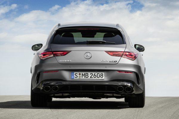 Heckansicht des Mercedes-AMG CLA 45 4Matic+ Shooting Brake