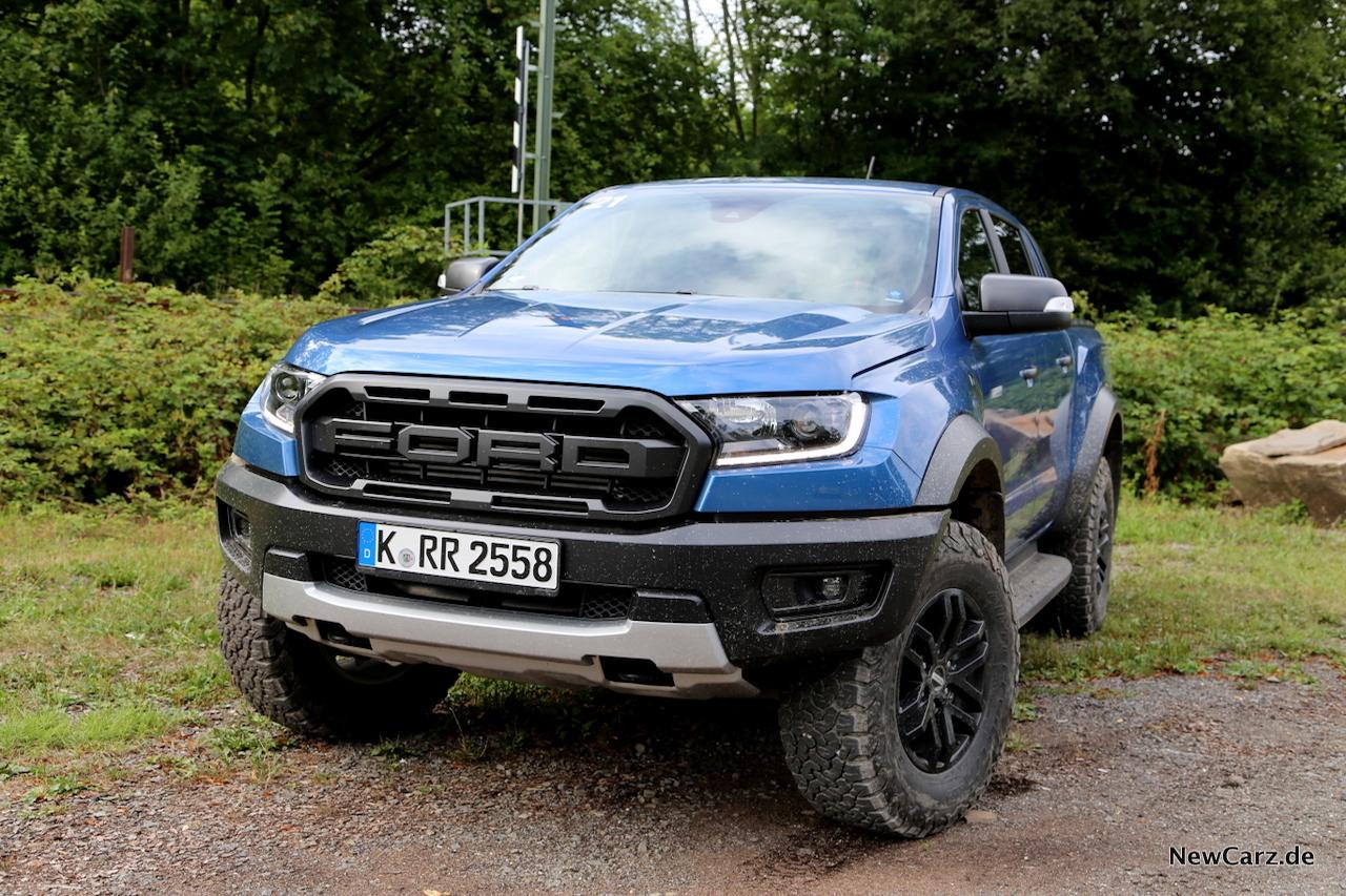 Ford Ranger Raptor blau