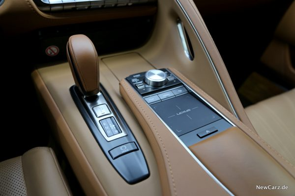 Lexus LC 500 10-Gang-Automatik