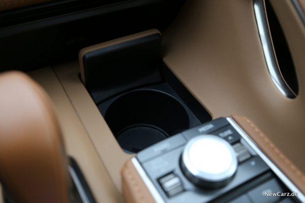 Lexus LC 500 Getränkehalter
