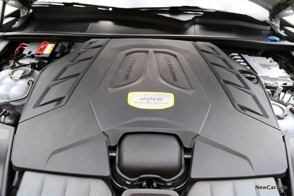 V8 im Cayenne E-Hybrid